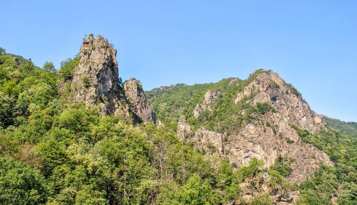 Deasupra Oltului în Parcul Național Cozia